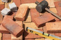 解体工事で追加費用が発生するケースとは