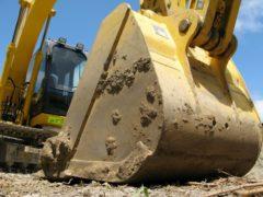 住居の建て替え時の解体を工務店に依頼するときの注意点